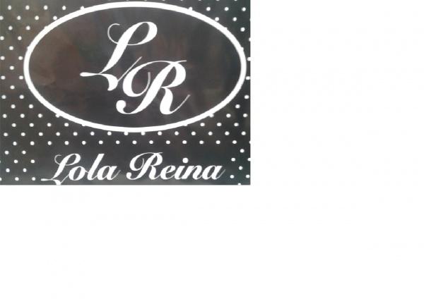 LOLA REINA